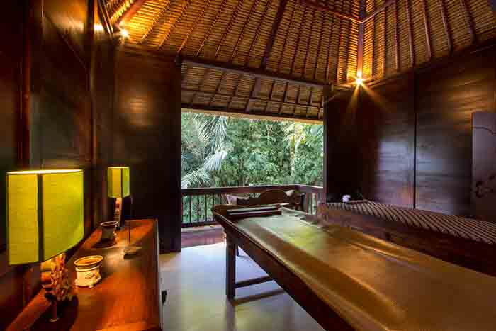 Title Open-air-spa-room