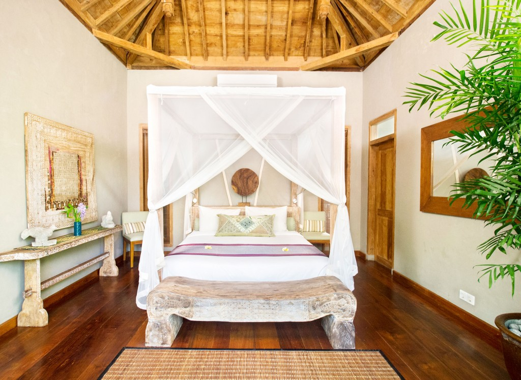 villa-shambala-guest-bedroom-luxury