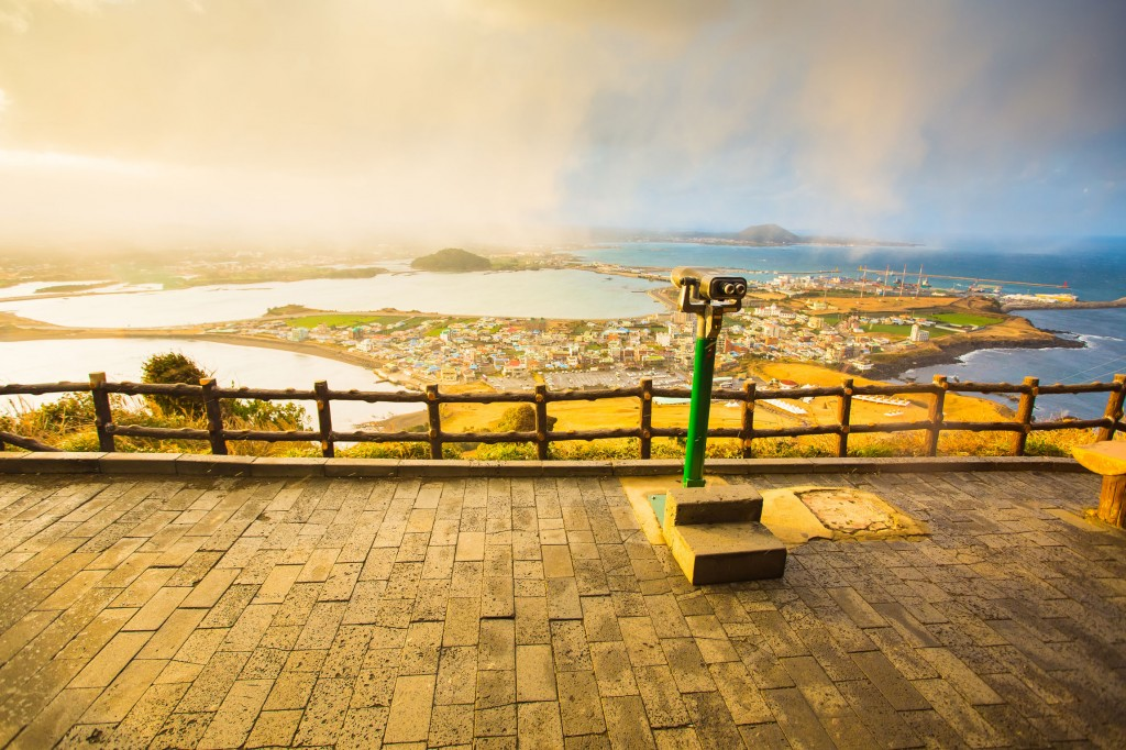SONGSAN-ILCHULBONG-View-Point-in-Jeju-Island-,-South-Korea_tropicallife